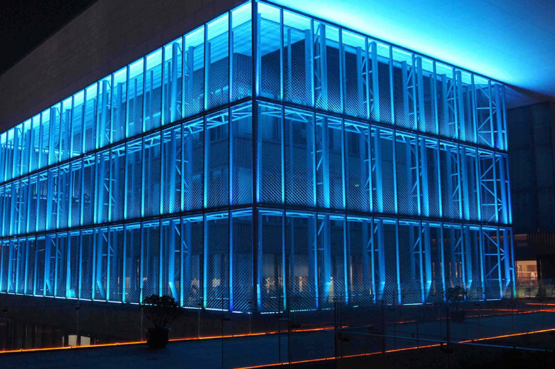 Guangdong hotel wash wall spotlights project.